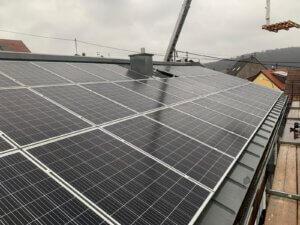Photovoltaikanlage auf Stehpfalz